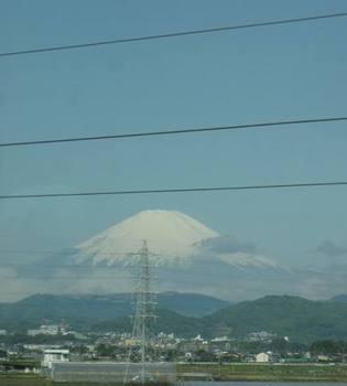 そうそう 新幹線から見えた富士山 きれいでした~♪.jpg