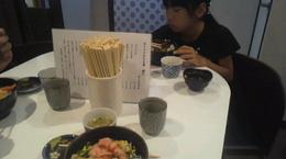 お昼はネギトロ丼.jpg
