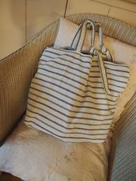 この袋は自分自身の春の旅行用に作りました♪.jpg