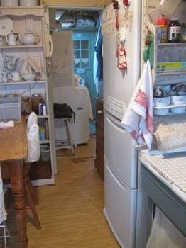 キッチンから洗面所を.jpg
