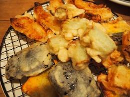 ネギの天ぷらが美味でした(鉄板焼きの日の残り野菜).jpg