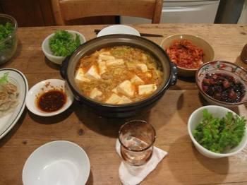 フワフワ豆腐とひき肉の味噌キムチ鍋.jpg