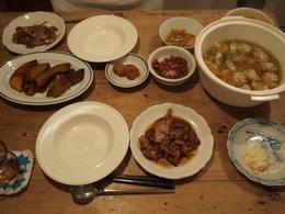 今日もダークな食卓(笑)とり団子スープ美味しかった~.jpg