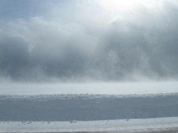 地吹雪で空との境界線が見えません.jpg
