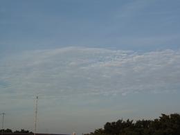 雲だって ね・・・・。.jpg
