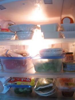 お父ちゃん 冷蔵庫の中は全部食べていいよ~.jpg