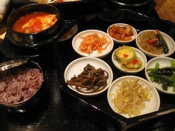 これ 全部いいお味 美味しい美味しい♪大正解の韓国料理でした.jpg