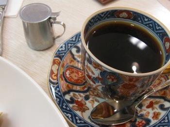 丁寧に煎れたコーヒーはおいしい.jpg